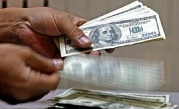 Por las presiones de Moreno El dólar paralelo cerró a 8,53