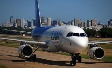 LAN y los aviones pequeños deberán dejar de operar en Aeroparque