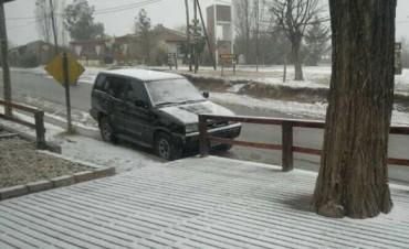 La nieve sorprendió hoy al valle de Calamuchita