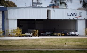 La Justicia frenó el desalojo del hangar que LAN tiene en Aeroparque con una medida cautelar
