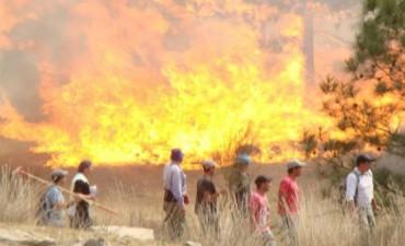 Controlan tres focos de incendio en Córdoba
