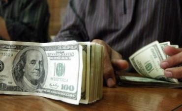 Por mayor demanda, el dólar libre volvió a subir y se vendió a $9,79